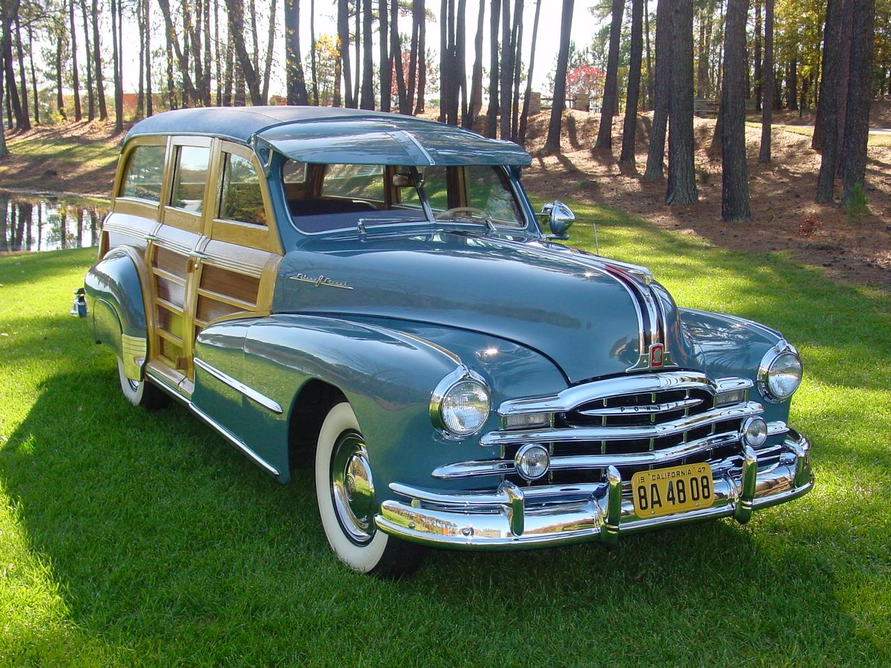 1948 Pontiac Streamline Deluxe Woody Wagon